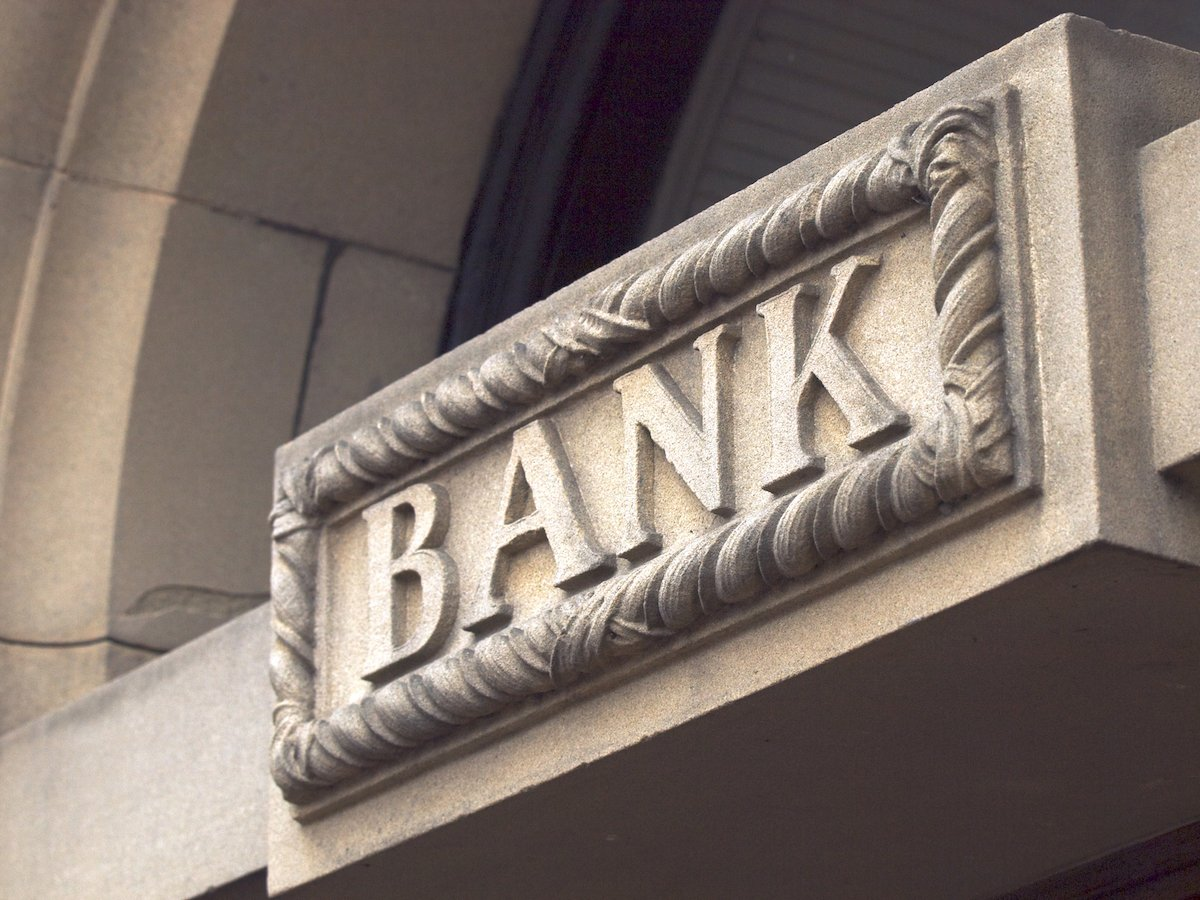 Do not store your original Will at the bank